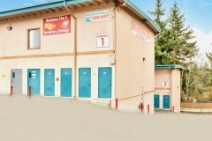 shoreline-self-storage-145th-3